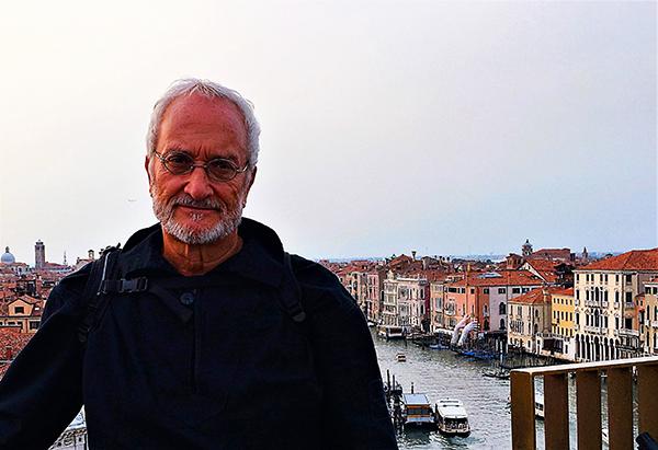 Marco Stancati sulla terrazza del Fondaco dei Tedeschi a Rialto
