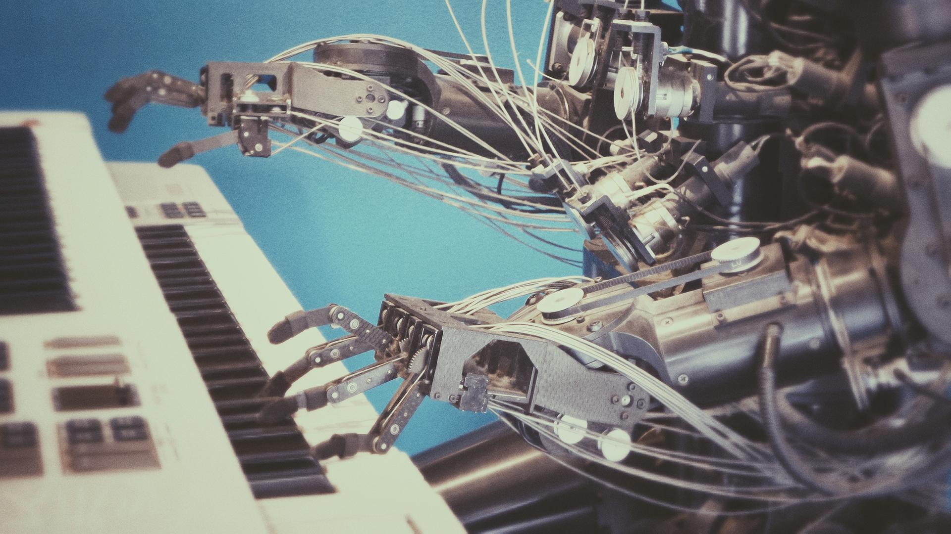 Robot alla tastiera Photo by Franck Veschi on Unsplash