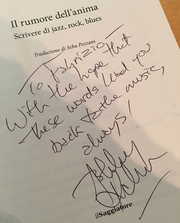 "The book ""Il rumore dell'anima, scrivere di jazz, rock, blues"" by Ashley Kahn"