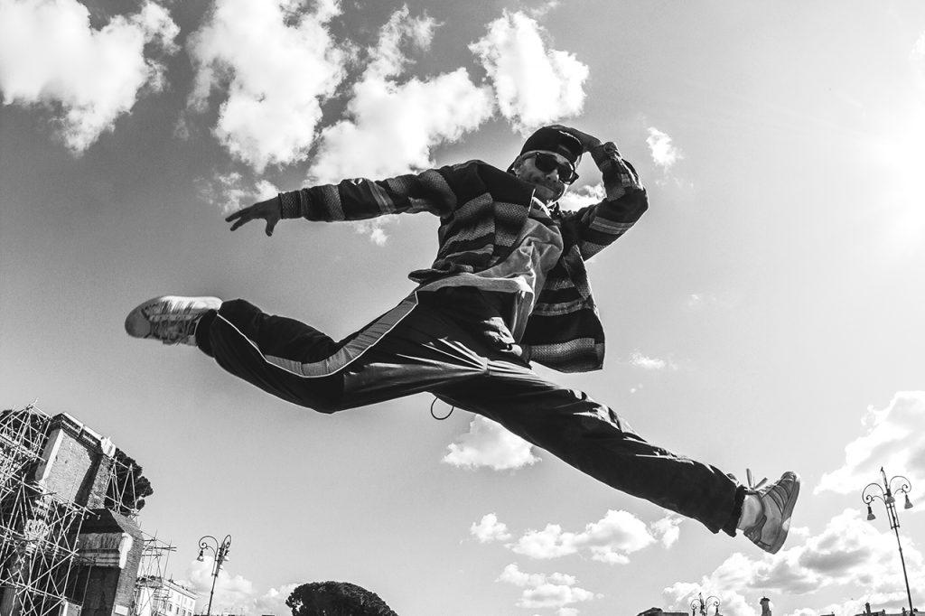 Jumps di Niccolò Squitti